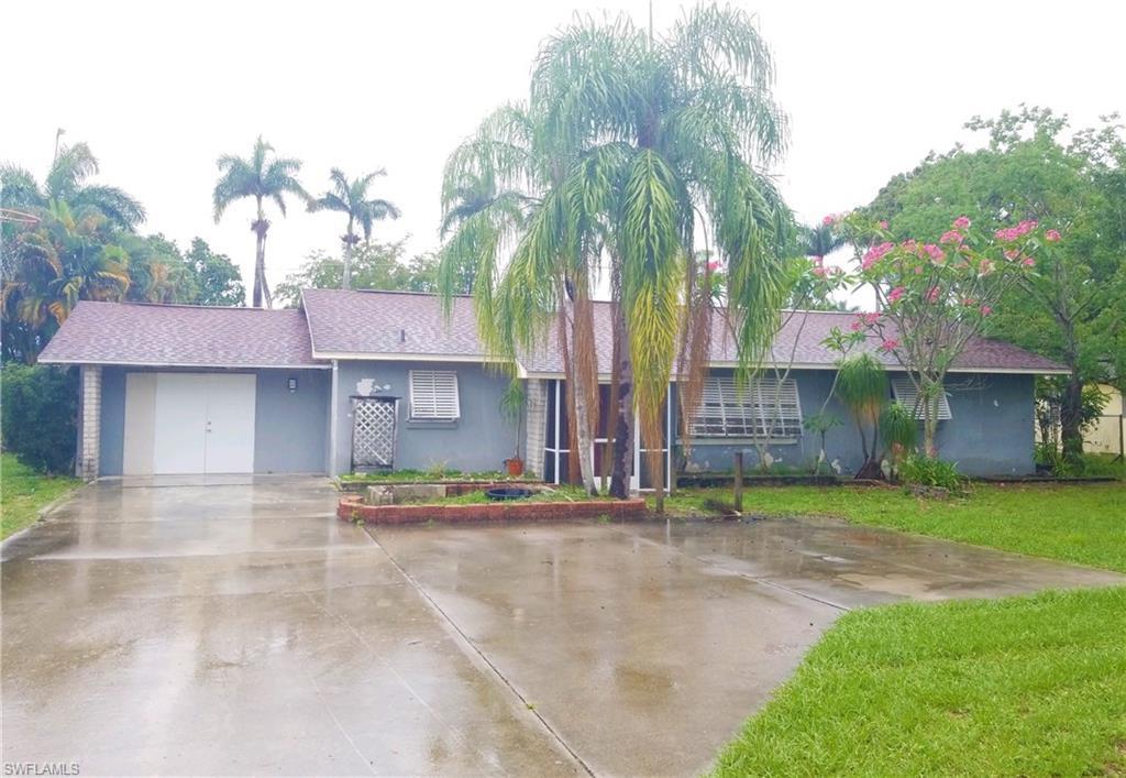 5254  Cedarbend DR, Fort Myers, FL 33919-