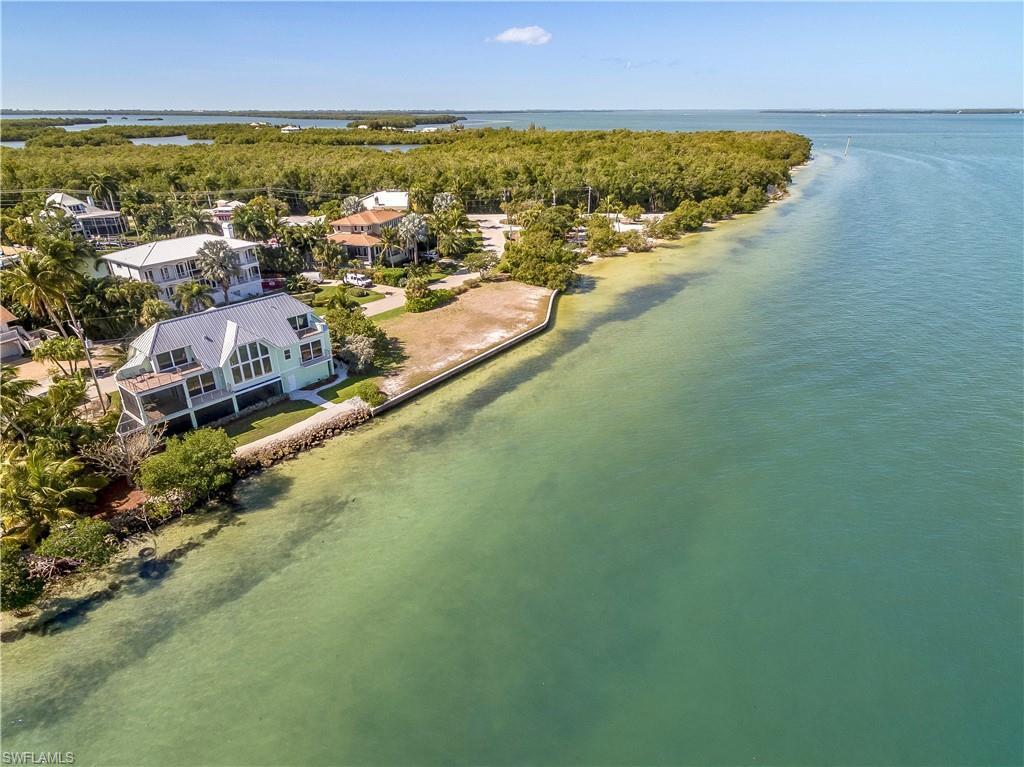 1558  San Carlos Bay,  Sanibel, FL