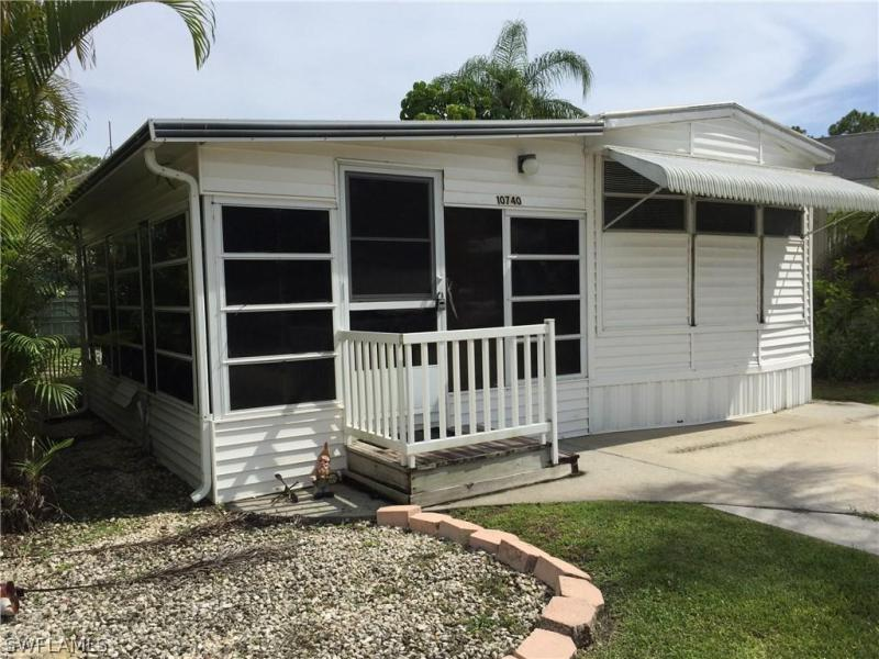 10740  Yellow Rail,  Estero, FL
