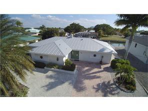 Donora, Fort Myers Beach in Lee County, FL 33931 Home for Sale