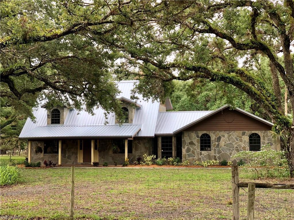 1738  Marshall Field,  Labelle, FL