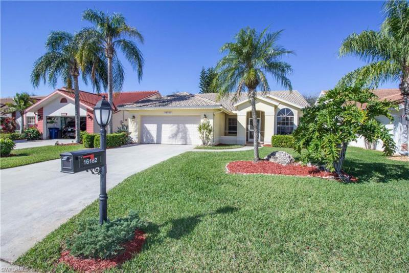 16182  Kelly Woods,  Fort Myers, FL