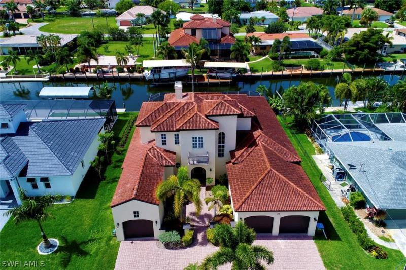 122 SW 52nd,  Cape Coral, FL