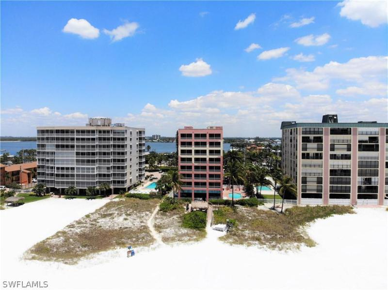Image of 510 Estero BLVD  #305 Fort Myers Beach FL 33931 located in the community of CASA PLAYA RESORT CONDO