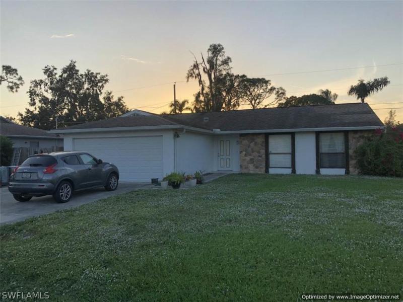 8052  Sanibel BLVD, Fort Myers, FL 33967-