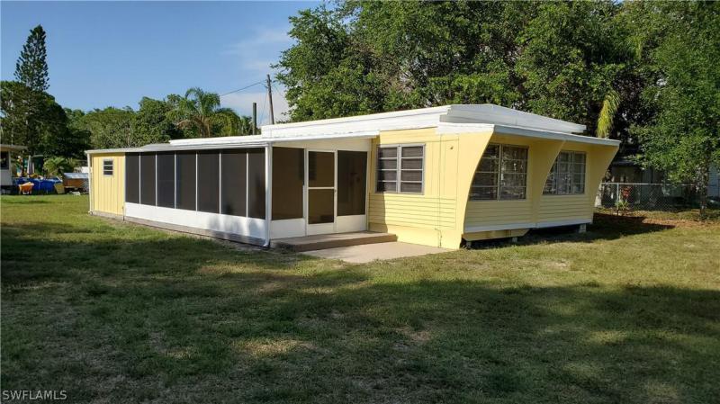 5996  Eastling,  BOKEELIA, FL