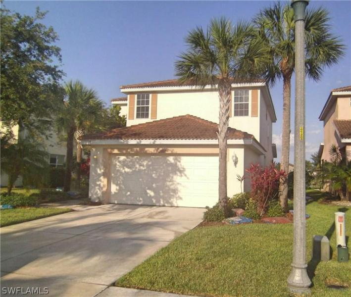 1373  Weeping Willow CT, Cape Coral, FL 33909-