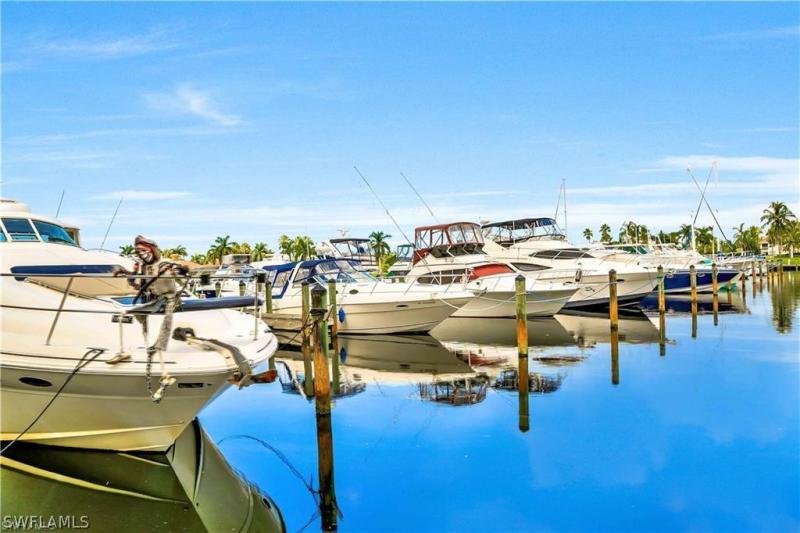 5793 Cape Harbour Dr #1512, Cape Coral, Fl 33914