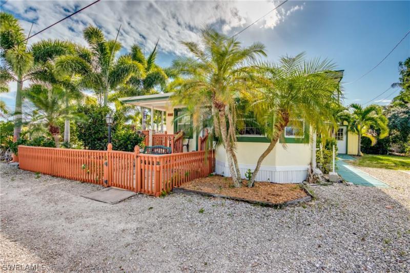 4763  Flamingo,  St. James City, FL