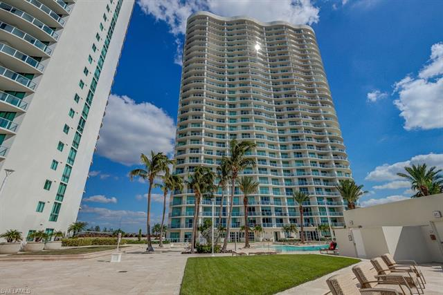 3000  Oasis Grand,  Fort Myers, FL