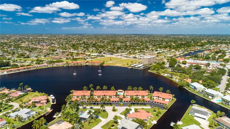 5121 NW Sunnybrook,  Cape Coral, FL