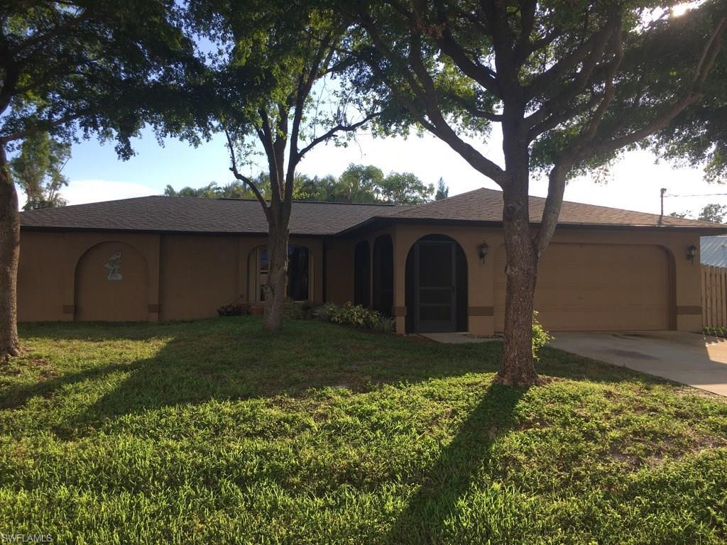 8310 Coral Dr  FORT MYERS  33967