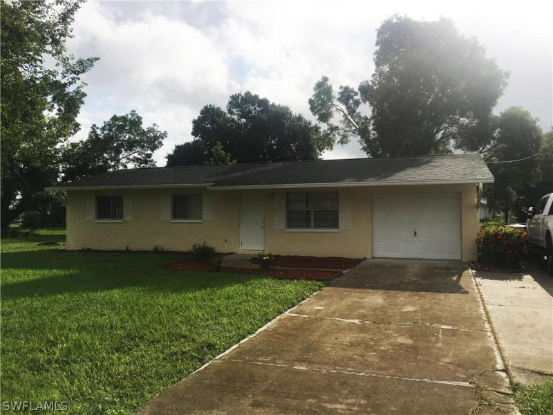 2232  Davis,  Fort Myers, FL