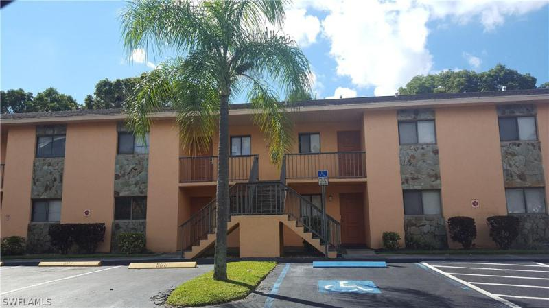 2366 Mall DR Unit 521, Fort Myers, FL 33901