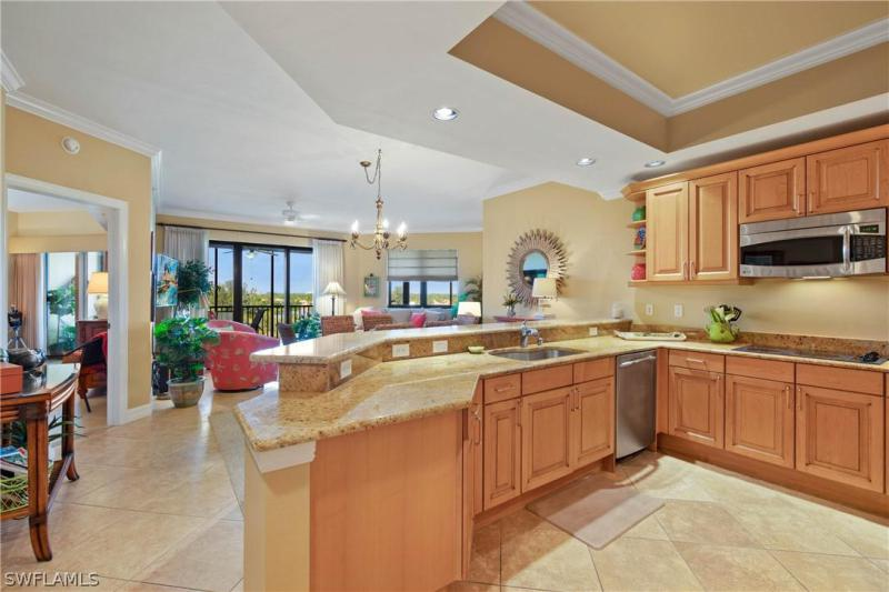 Riva Del Lago, Fort Myers in Lee County, FL 33907 Home for Sale