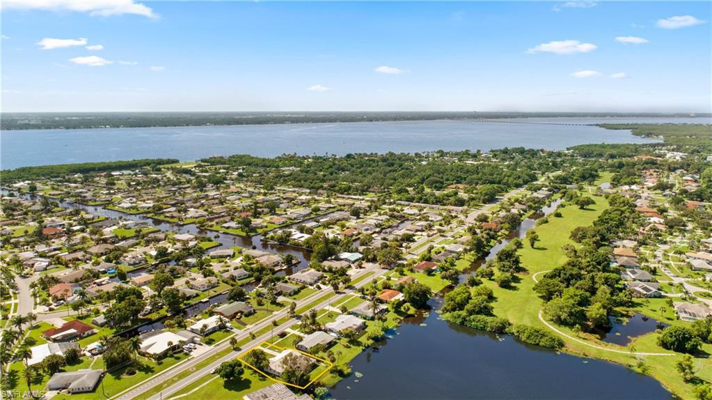 4463 Orange Grove, North Fort Myers, FL, 33903