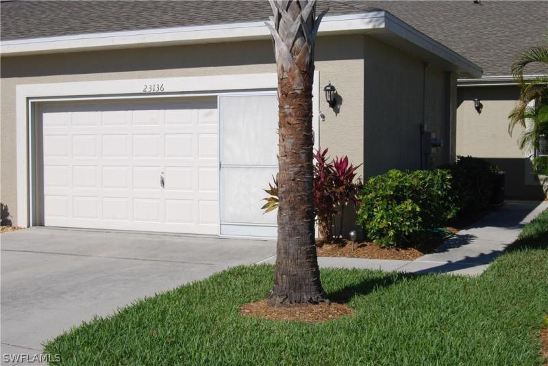 23000  Grassy Pine DR, Estero, FL 33928-