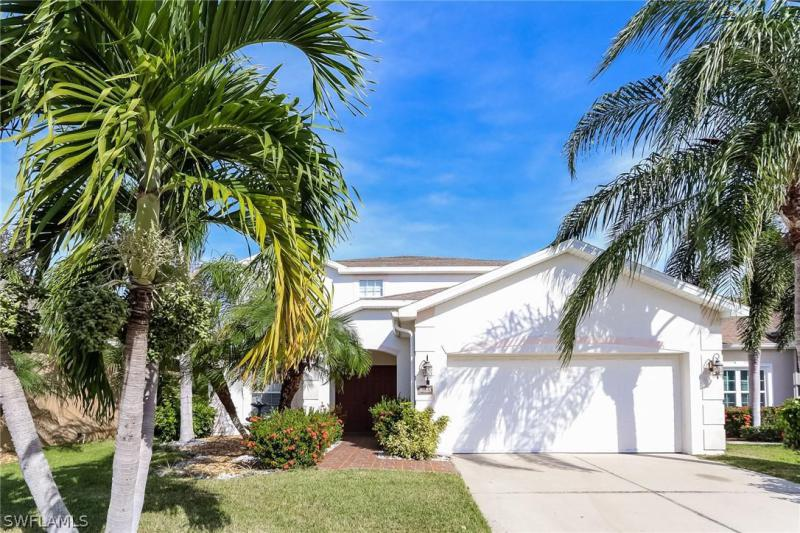 9669  Pineapple Preserve CT, Fort Myers, FL 33908-