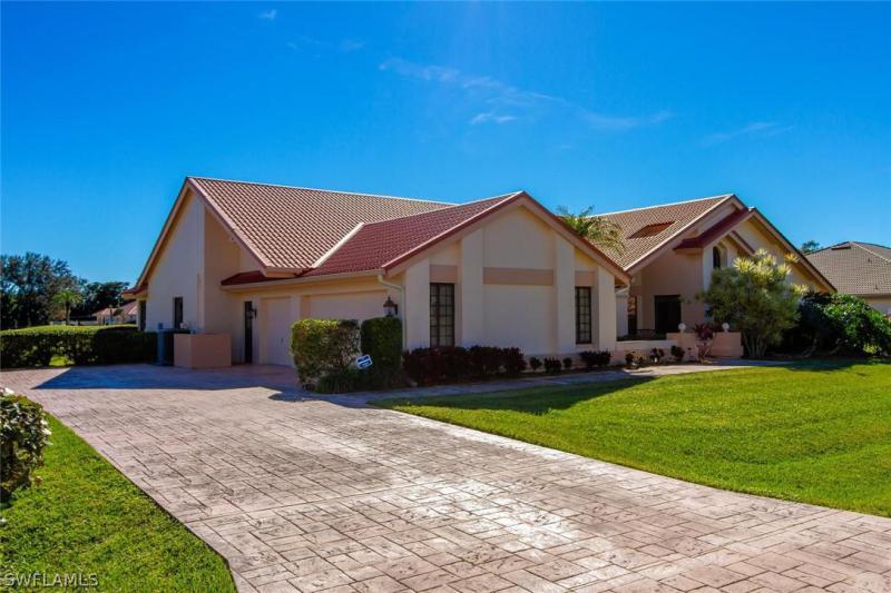 8300 Glenfinnan Cir, Fort Myers, Fl 33912