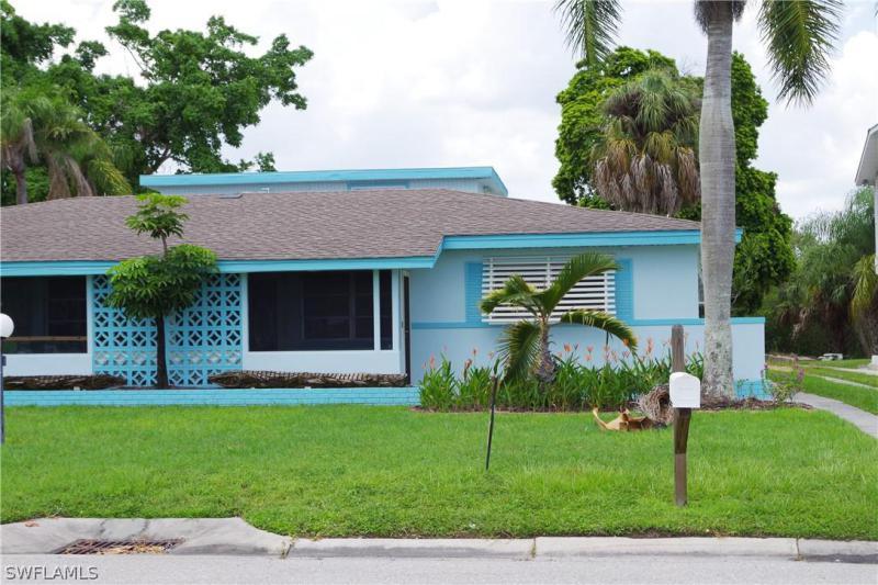 230  Fairweather Lane, FORT MYERS BEACH, FL 33931-