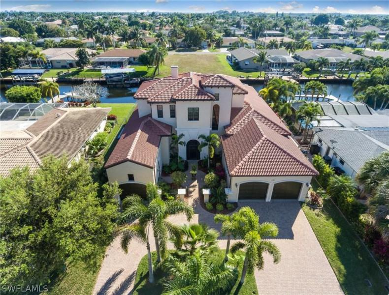 138 SW 52nd,  Cape Coral, FL