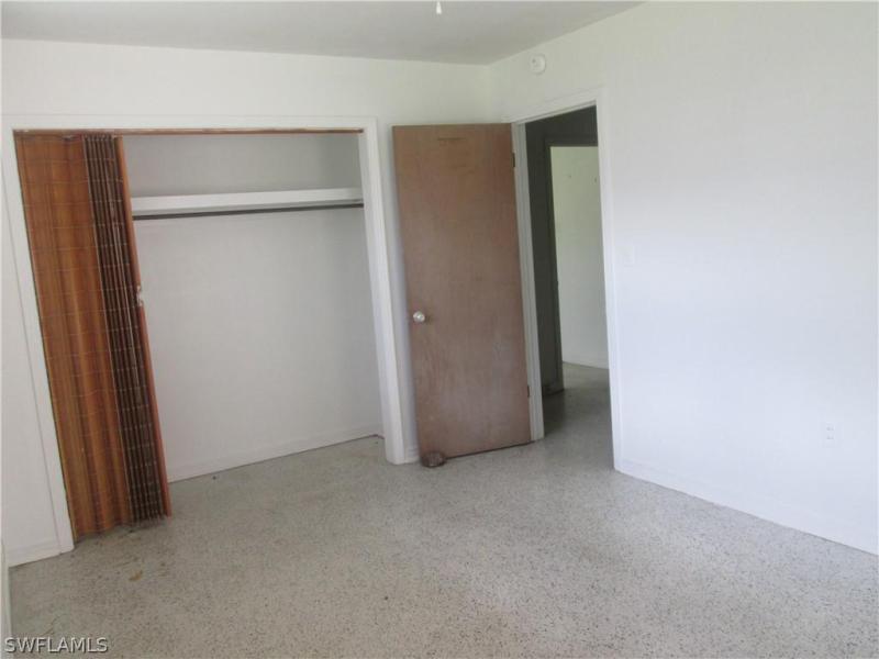 2081  Linwood AVE Alva, FL 33920- MLS#219036536 Image 14