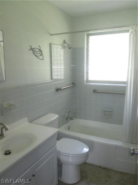 2081  Linwood AVE Alva, FL 33920- MLS#219036536 Image 20