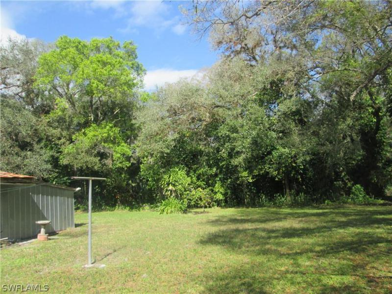 2081  Linwood AVE Alva, FL 33920- MLS#219036536 Image 8