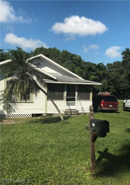 3058 W Lincoln BLVD, Fort Myers, FL 33916-