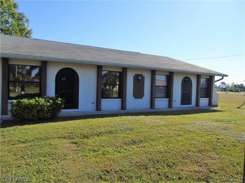 2526 SE 16th PL Unit 211, Cape Coral, FL 33904-