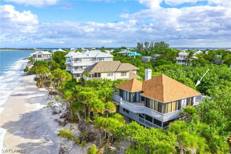 Gulf Bend, Captiva in Lee County, FL 33924 Home for Sale