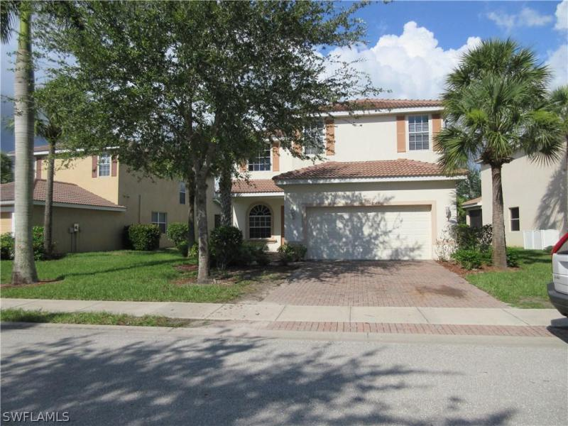 1374  Weeping Willow CT, Cape Coral, FL 33909-