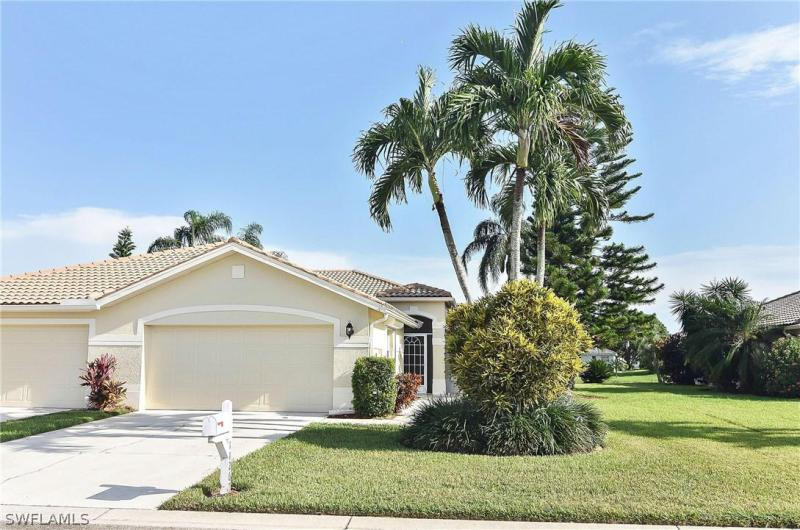 11218  Lakeland CIR, Fort Myers, FL 33913-