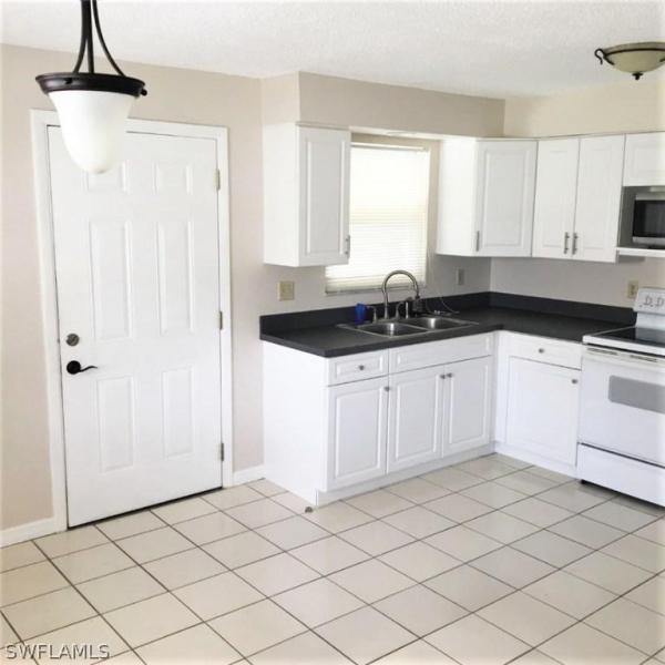 18560  Marco BLVD Fort Myers, FL 33967- MLS#218052370 Image 4