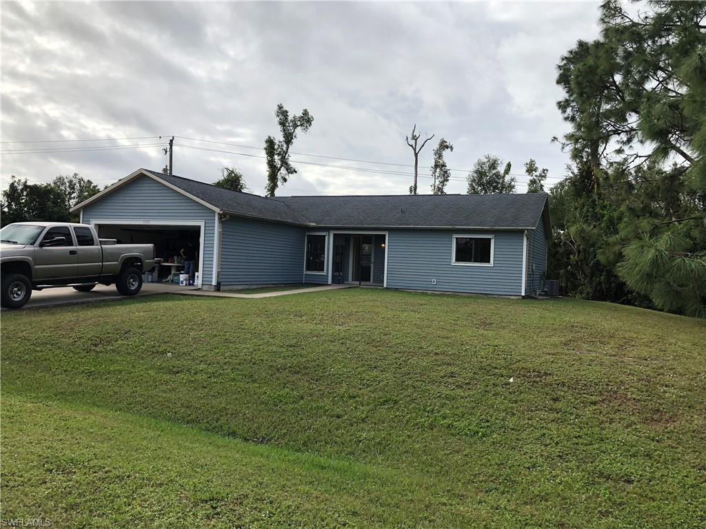 18612  Sarasota RD, Fort Myers, FL 33967-