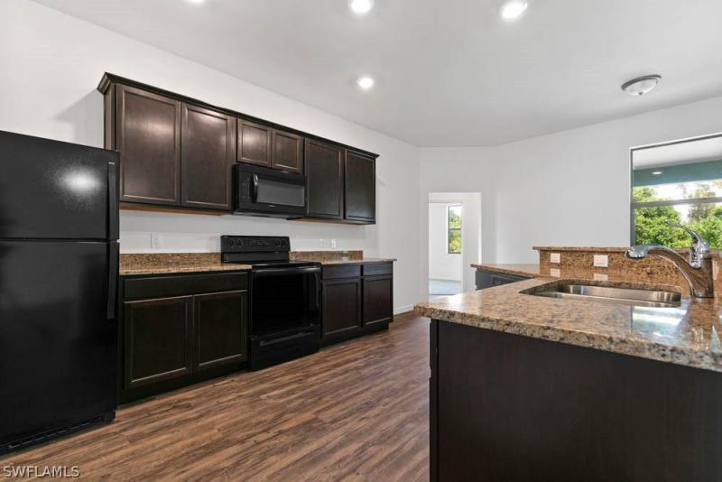 713 Zendor, Fort Myers, FL, 33913