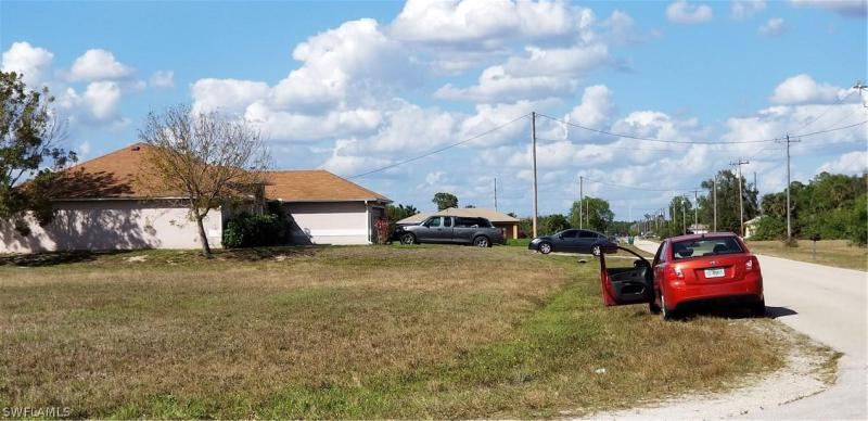 1323 Sw 6th Place, Cape Coral, Fl 33991
