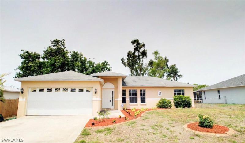 18234  Hemlock RD, Fort Myers, FL 33967-