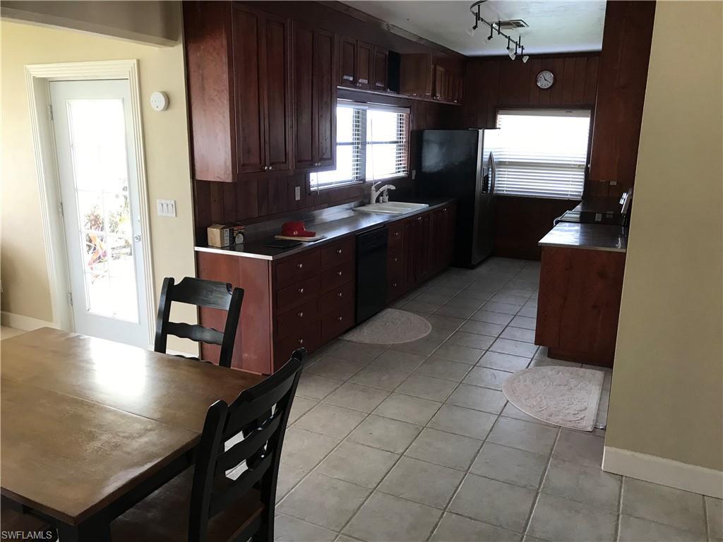 1750  Sunset TRL Alva, FL 33920- MLS#219014637 Image 13