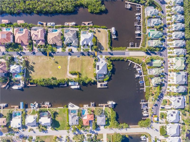 18111 Old Pelican Bay Dr, Fort Myers Beach, Fl 33931