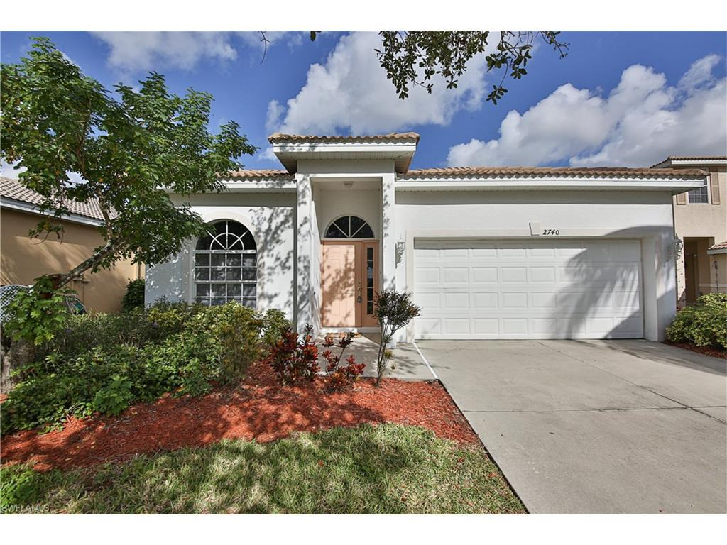 2704  Blue Cypress Lake CT, Cape Coral, FL 33909-