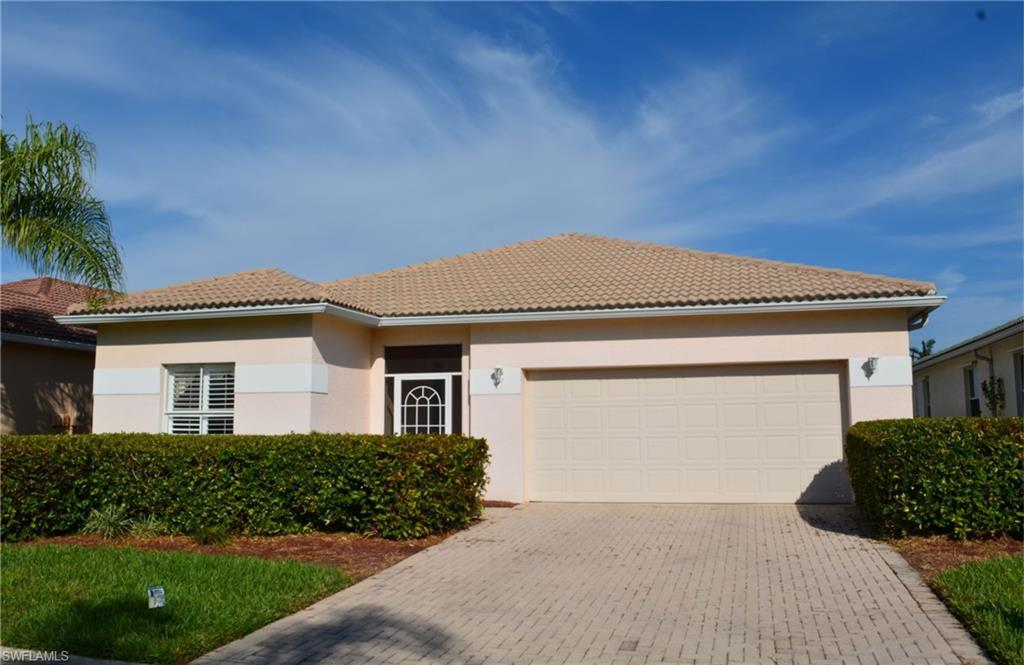 11267  Lakeland CIR, Fort Myers, FL 33913-