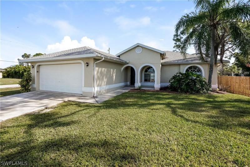 18201  Fern,  Fort Myers, FL