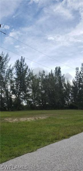 1242 Nw 20th Place, Cape Coral, Fl 33993