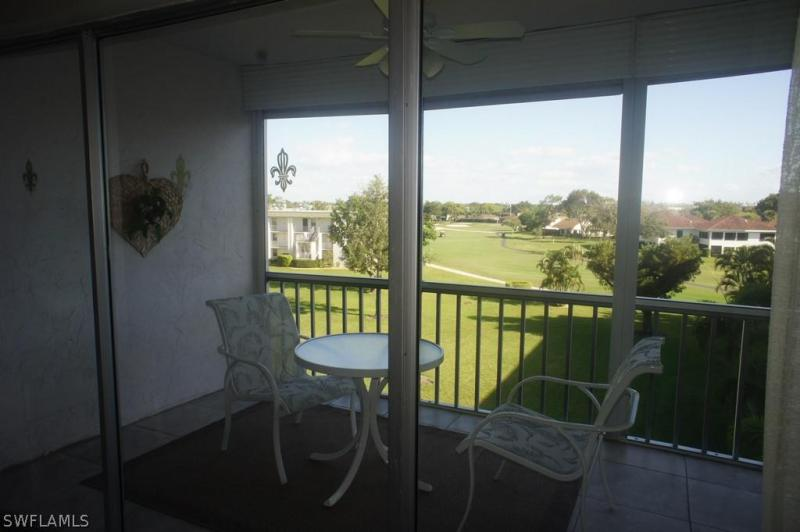 1660  Pine Valley DR Unit 104, Fort Myers, FL 33907-