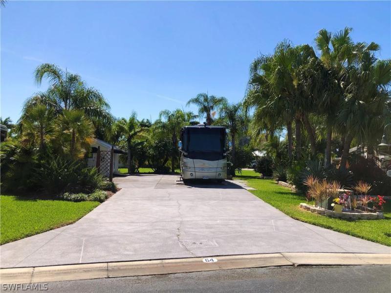 Lot 64   3 E Riverbend Resort,  LABELLE, FL