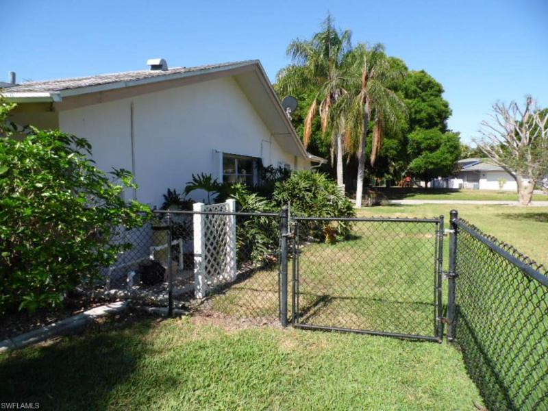 5307 E Shalley CIR Fort Myers, FL 33919- MLS#216025372 Image 18