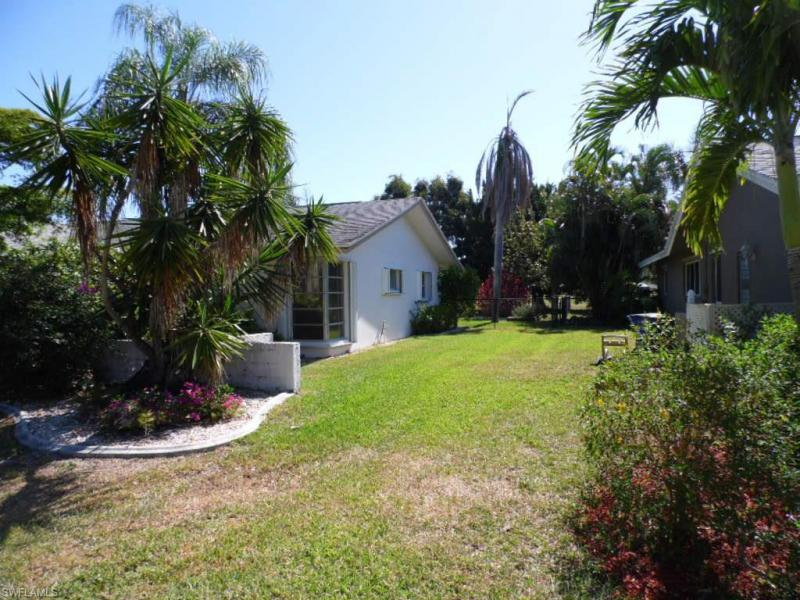 5307 E Shalley CIR Fort Myers, FL 33919- MLS#216025372 Image 19