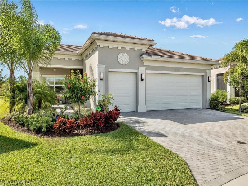 Montecristo, Bonita Springs in Lee County, FL 34135 Home for Sale