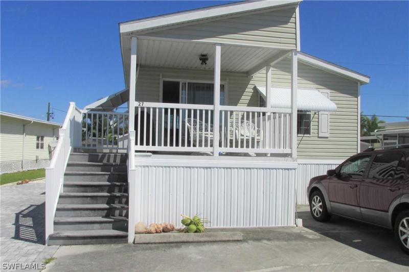 130  Cortez WAY, Fort Myers Beach, FL 33931-